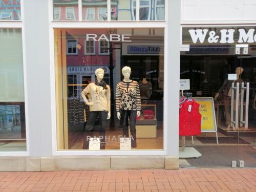 Lange Herzogstraße 37 - links