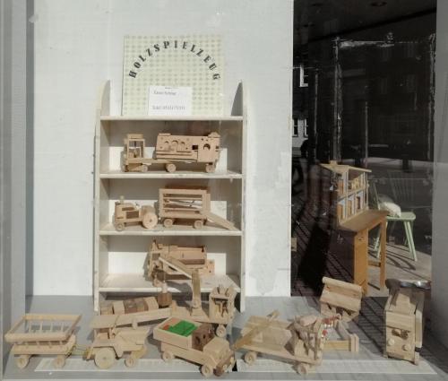 Holzspielzeug Schnur